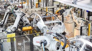 Global industrial robot sales continue to soar article image